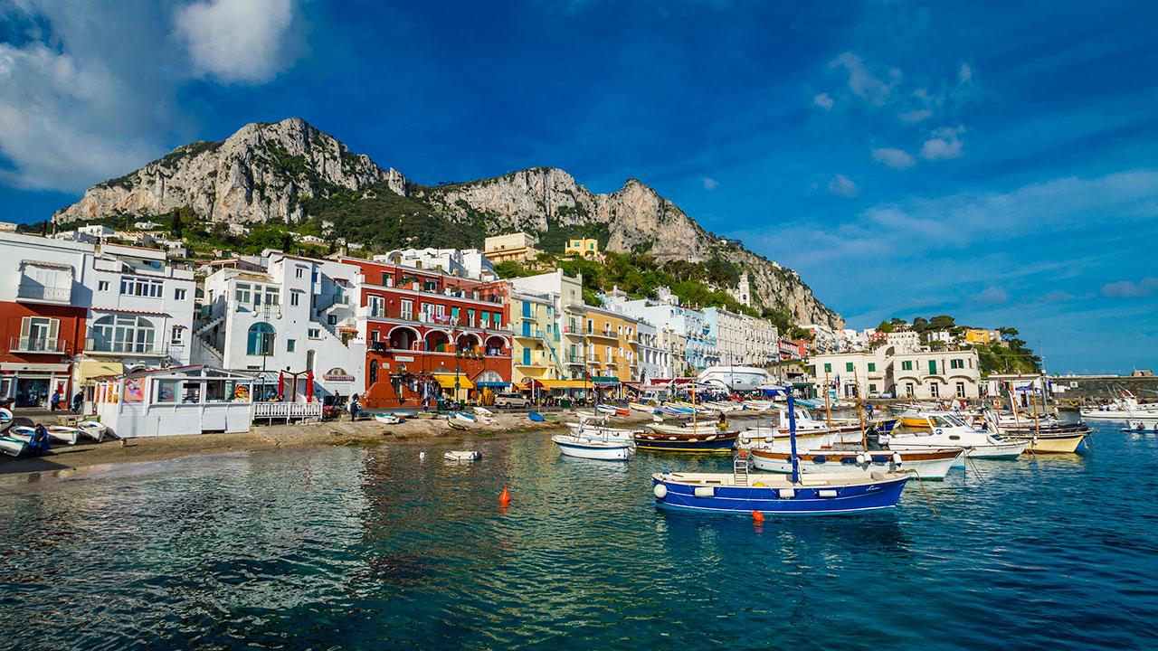 Come organizzare un'escursione dalla Costiera Amalfitana a Capri